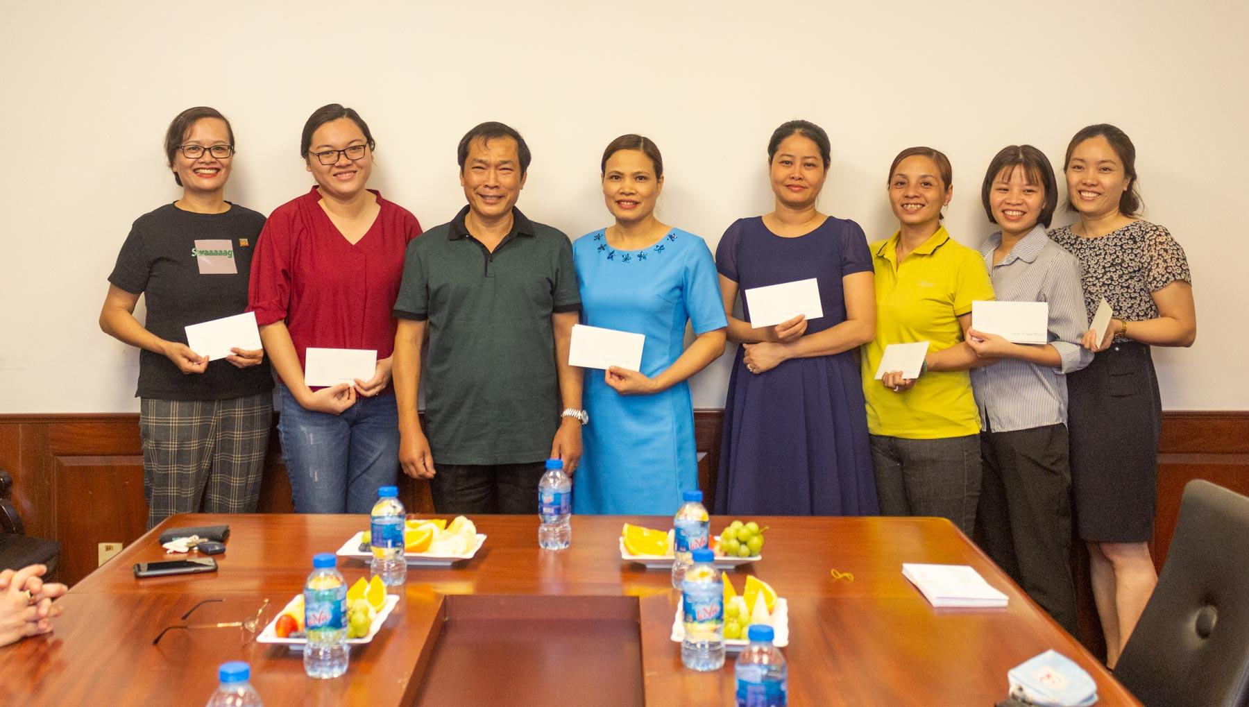 Công Đoàn Vinacam Tổ Chức Toạ Đàm Quốc Tế Phụ Nữ 8/3 Và Sinh Nhật Cho CB-CNV