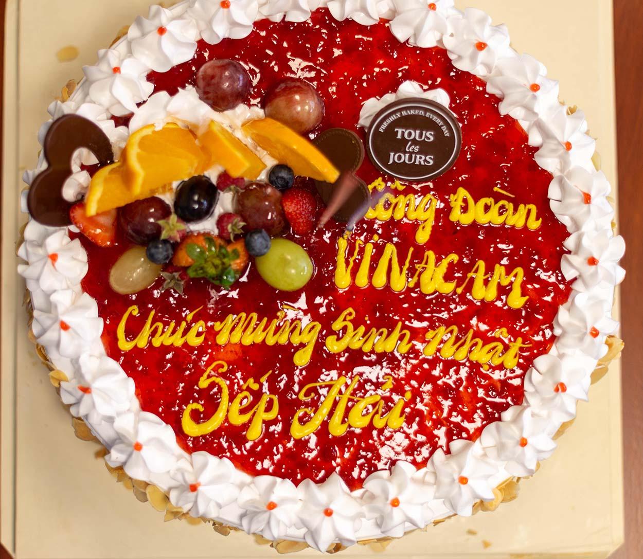 Tập đoàn Vinacam mừng sinh nhật Tổng Giám Đốc Vũ Duy Hải và ra mắt ban chấp hành Công đoàn mới