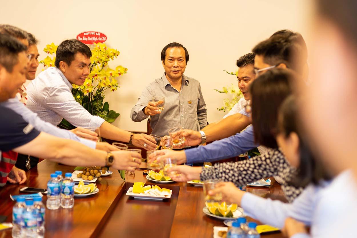 Không khí ấm áp tiệc sinh nhật Tổng giám đốc Vũ Duy Hải
